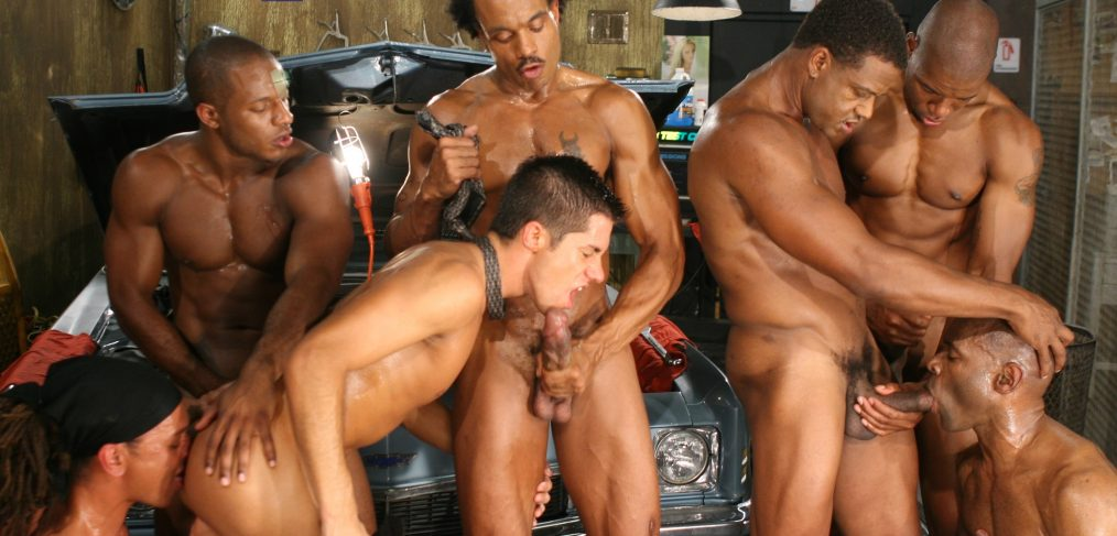 Dylan Saunders wanders into Eddie Diaz's auto repair shop looking for some service but he gets much more than he bargained for when all the workers decide to give his ass a major overhaul.